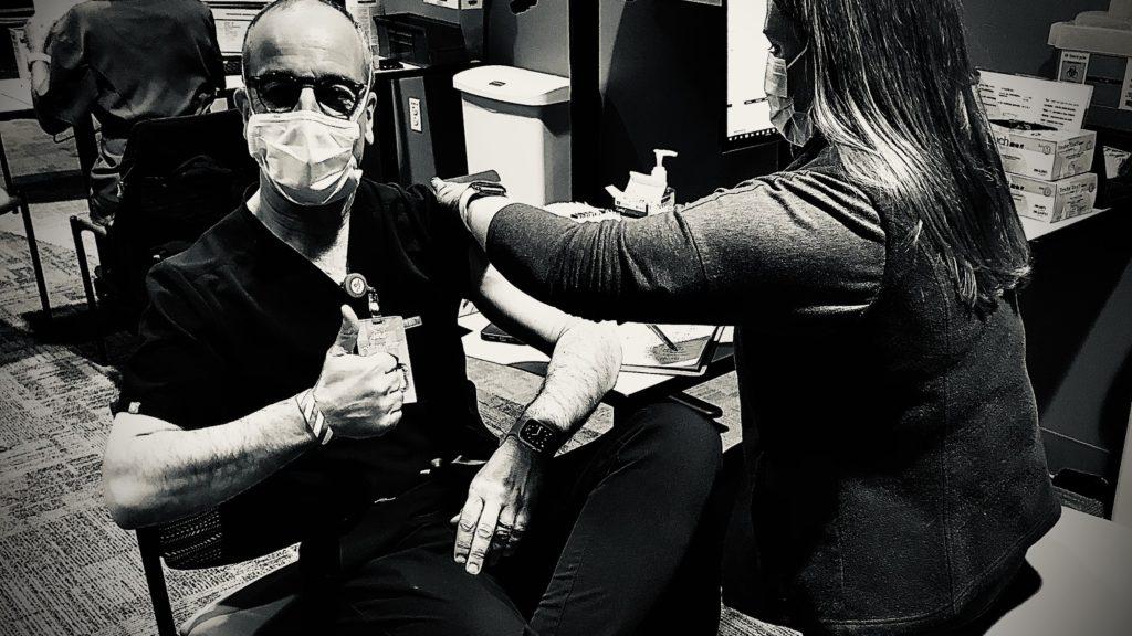 vaccine selfie by Bryan Vartabedian, MD